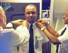 Nam nhân viên quét dọn máy bay trở thành cơ trưởng
