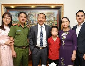 Ngày 20/11 nói về gia đình có 3 đời thành công trong giáo dục