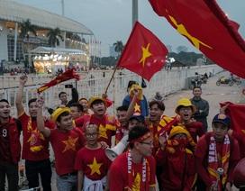 Không khí tại sân Mỹ Đình trước trận tuyển Việt Nam gặp UAE