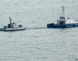 """Nga thả tàu chiến Ukraine: """"Cú hích"""" cho Hội nghị thượng đỉnh Normandy"""