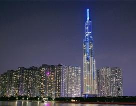 """""""Nụ cười Việt Nam"""" toả sáng trên tháp Landmark 81: Truyền đi thông điệp hòa bình"""
