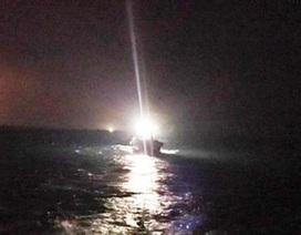 Kịp thời cứu 6 ngư dân lênh đênh trên biển