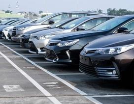 Tồn kho hàng chục ngàn xe, ô tô mùa Tết đại hạ giá