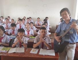 Thầy giáo phổ nhạc định lý Toán thành bài hát cho học sinh dễ nhớ