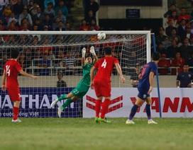 Văn Lâm xuất sắc trong trận hòa của tuyển Việt Nam trước Thái Lan