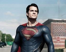 """Mất vai 007 vì """"béo"""", tài tử """"Superman"""" có động lực lột xác"""