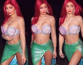 Kylie Jenner kiếm 600 triệu USD nhờ bán cổ phần công ty mỹ phẩm của mình