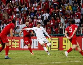 Nhìn đội tuyển Việt Nam thành công, báo Trung Quốc chạnh lòng