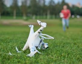 """Chàng trai chịu phạt gần 500 triệu đồng vì """"lái nhầm"""" drone"""