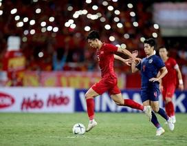 """U22 Việt Nam """"bay"""" trên đôi cánh của đội tuyển quốc gia"""