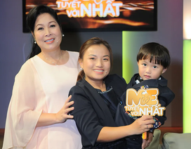 Quỳnh Trần JP và bé Sa về Việt Nam tham gia talkshow cùng NSND Hồng Vân