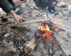 Khoa học cùng với bé: Vì sao khi đốt củi lại có tiếng nổ lép bép?