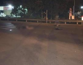 Xe máy kẹp 3 bị xe tải tông ở ngã tư, 1 người tử vong