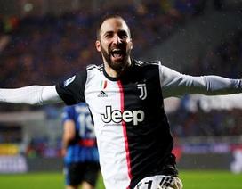 Vắng C.Ronaldo, Juventus chật vật chiến thắng nhờ Higuain