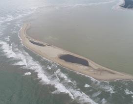 Đảo nổi giữa biển Hội An bất ngờ giảm 1,5ha