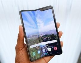 Loạt smartphone giá hàng chục triệu đồng bán tại Việt Nam