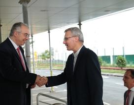 Tân Đại sứ quán Pháp đến thăm Nhà máy Sanofi Việt Nam tại SHTP