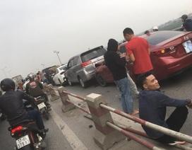7 ô tô nối đuôi nhau tông liên hoàn trên cầu Thanh Trì