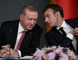 """Pháp nổi giận vì Tổng thống Thổ Nhĩ Kỳ ví ông Macron """"chết não"""""""
