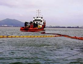 Vụ tàu hàng chìm trên biển Quy Nhơn: Chuẩn bị phương án xử lý dầu tràn