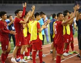 Cầu thủ U22 Việt Nam tri ân cổ động viên, thầy Park ra lệnh đặc biệt