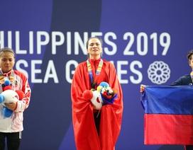 Vương Thị Huyền nén nỗi đau mất cha giành HCV SEA Games