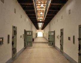 Án mạng trong nhà tạm giữ: Khởi tố một quản giáo