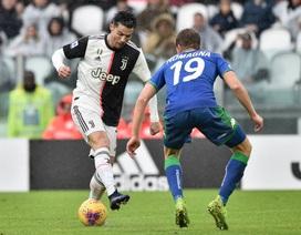 Buffon hóa tội đồ, Juventus bị truất ngôi đầu bảng