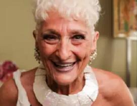 """Cụ bà 83 tuổi đi tìm """"chân ái"""" sau 1 thập kỷ chỉ tình 1 đêm"""