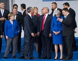 """NATO """"bất ổn"""" tìm cách """"bình ổn"""" Tổng thống Trump"""