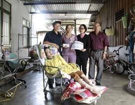 Cô giáo Trang mắc bệnh teo não được bạn đọc giúp đỡ hơn 80 triệu đồng