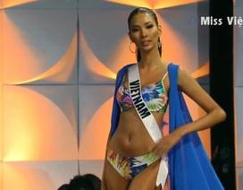 Bán kết Hoa hậu Hoàn vũ 2019: Hoàng Thùy xuất sắc trong phần trình diễn áo tắm