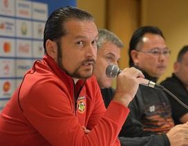 HLV U22 Myanmar gây sốc khi tuyên bố chỉ ngại C.Ronaldo và Messi