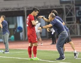 Tiến Linh tập tễnh khiến HLV Park Hang Seo lo lắng