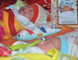 Xót xa cảnh người mẹ sinh 3 bé yếu ớt, một bé mãi mãi ra đi...2 bé nằm cấp cứu!