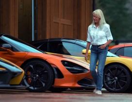 Người phụ nữ giản dị mê sưu tập siêu xe McLaren