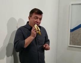 """Bán quả chuối """"nghệ thuật"""", thu về 2,7 tỷ đồng"""