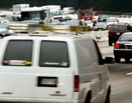 Tin đồn xe tải trắng bí ẩn gieo rắc sợ hãi khắp nước Mỹ