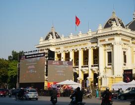 Ba màn hình khổng lồ phục vụ khán giả trận U22 Việt Nam - U22 Indonesia