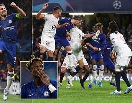 Chelsea vượt khó thành công, Ajax bị loại sau vòng bảng