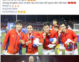Các ngôi sao U22 Việt Nam khoe HCV lịch sử, cảm ơn người hâm mộ
