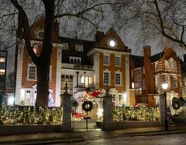 """""""Sao"""" trang hoàng nhà cửa lộng lẫy đón Giáng sinh"""