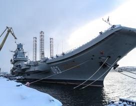 Tàu sân bay duy nhất của Nga bị cháy trong quá trình sửa chữa