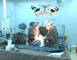 Sau nuốt khó, bệnh nhân mất giọng phải uống i-ốt phóng xạ