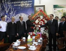 Chủ tịch MTTQ Việt Nam chúc mừng Giáng sinh Giáo phận Ban Mê Thuột