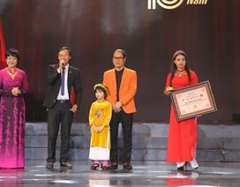 Đạo diễn - diễn viên Nguyễn Công Vượng xác lập kỷ lục Việt Nam