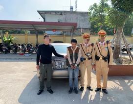 Hà Nội: CSGT bắt quả tang một tài xế giấu 2 gói ma tuý trong người
