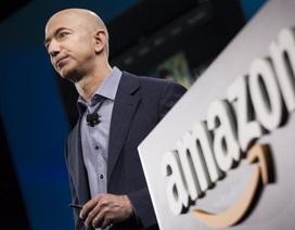 """Ông chủ Amazon Jeff Bezos được bình chọn là """"doanh nhân của thập kỷ"""""""