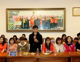 Đội tuyển nữ Việt Nam nhận thưởng 22 tỷ đồng sau tấm HCV SEA Games 30