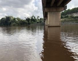 Nước đập dâng dự án thủy lợi ngàn tỷ lại đột ngột chuyển màu đỏ đục